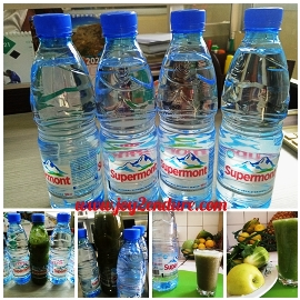 Water and Smoothie to encourage kidney health.